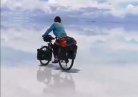 अंदाजा लगाइए, बिग बी अपनी साइकिल पर कहां जाना चाहते हैं!
