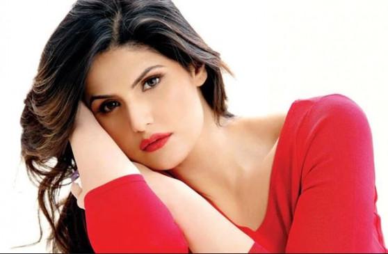Bollywood: सलमान के बिना बॉलीवुड में आने का सोच भी नहीं सकती थी- जरीन खान