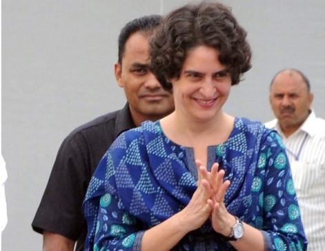 मैं उप्र के मुख्यमंत्री से आग्रह करती हूं, बसों को अनुमति दें : प्रियंका गांधी