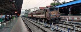 Indian Railway: स्पेशल एसी ट्रेनों में 30 दिन पहले बुक किए जा सकेंगे टिकट