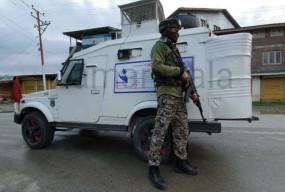 जम्मू-कश्मीरः कुलगाम में नाका पार्टी पर आतंकियों ने किया हमला, पुलिस का एक जवान शहीद