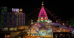 राजधानी दिल्ली का झंडेवालान मंदिर 40 हजार लोगों को करा रहा भोजन