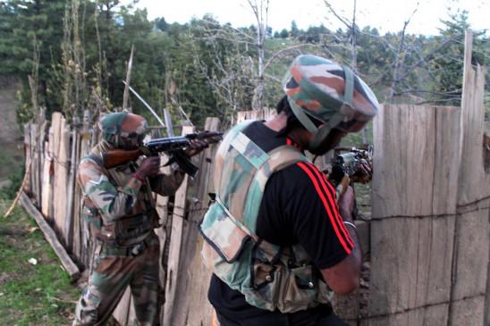 कश्मीर : पुलवामा में आतंकी हमला, पुलिस जवान शहीद