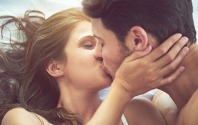 किस करने से पहले ध्यान रखें इन बातों का, वरना हो जाएगी दिक्कत