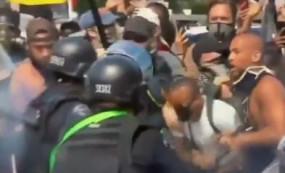 लॉस एंजेलिस विरोध प्रदर्शन के दौरान केंड्रिक सैम्पसन को लगी रबर बुलेट