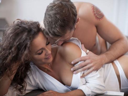 प्रेग्नेंसी से बचने के लिए कब ना करें सेक्स, कैसे होते है प्रेग्नेंट, जानें