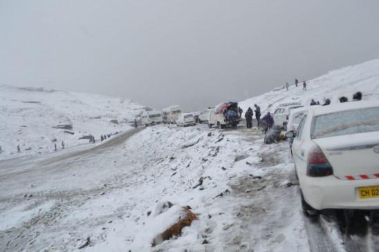 मनाली-लेह राजमार्ग सर्दियों के विराम के बाद फिर से खुला