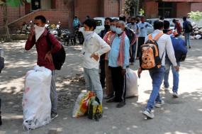 प्रवासी कामगार बॉर्डर से पैदल और असुरक्षित वाहनों से यात्रा न करें : अपर मुख्य सचिव