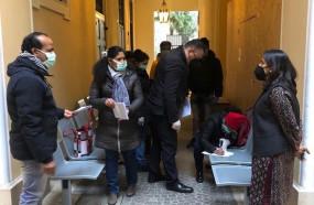 मध्य प्रदेश: इंदौर के एमवाय अस्पताल में चिकित्सकों ने मास्क घटिया बताकर लौटाए