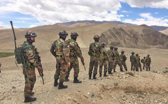 PMO में हाई लेवल मीटिंग: लद्दाख में जारी रहेगा सड़क निर्माण, LAC पर चीन के बराबर तैनात रहेंगे भारतीय सैनिक