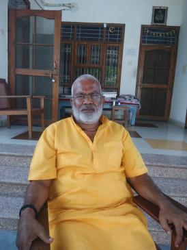 प्रियंका कांग्रेस शासित राज्य देंखे और अखिलेश सैफई : स्वतंत्र देव