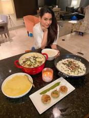 सौन्दर्या शर्मा ने लॉस एंजेलिस में बनाए ईद के लजीज पकवान