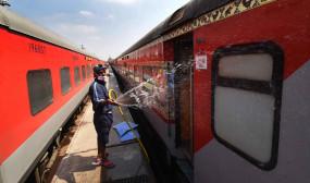 विशेष ट्रेन 1200 प्रवासियों के साथ तेलंगाना से झारखंड के लिए रवाना