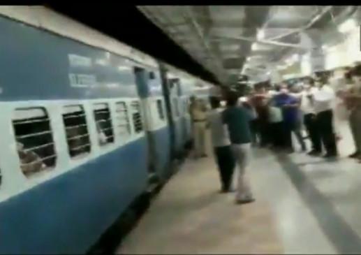 बेंगलुरु से प्रवासी मजदूरों को लेकर ओडिशा के लिए रवाना हुई स्पेशल ट्रेन