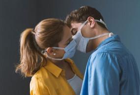 रिपोर्ट: सेक्स से भी हो सकता है कोरोना! स्पर्म में मिला वायरस