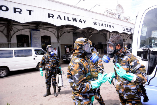 श्रीलंका: कोरोना संबंधी सहायता वितरण के दौरान मची भगदड़, 3 महिलाओं की मौत, 9 घायल
