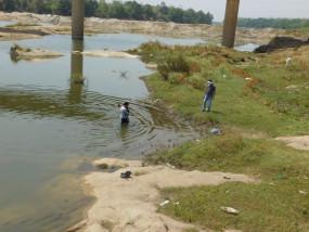 बेटे की हत्या कर थाने पहुंचा पिता, हांथ बांधकर फेक दिया था नदी में