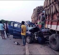 तेलंगाना : सड़क दुर्घटना में तीन लोगों की मौत,  3 बच्चे बाल-बाल बचे