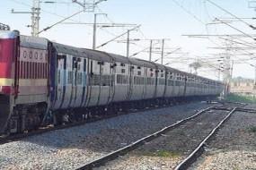 महाराष्ट्र में प्रवासी मजदूरों को ट्रेन ने कुचला, मृतकों की संख्या बढ़कर 15 हई (लीड-2)