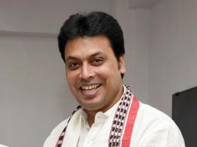 त्रिपुरा : मुख्यमंत्री ने मोदी सरकार के दूसरे कार्यकाल की पहली वर्षगांठ पर पूजा की