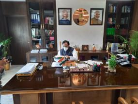 केंद्रीय मंत्री निशंक छात्रों से ऑनलाइन मिले, समस्याएं जानीं