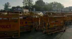 हरियाणा में नो एंट्री: दिल्ली-गुरुग्राम सीमा पर ग्रामीणों ने पुलिस पर किया पथराव