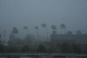 चक्रवात अम्फान तेज, बंगाल व ओडिशा के लिए चेतावनी जारी