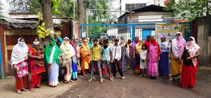 पानी के लिए महिलाओं ने घेरा जीएम कार्यालय