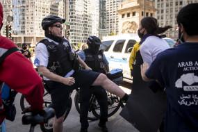 शिकागो में फादर्स डे वीकेंड के दौरान 104 लोग गोलीबारी की चपेट में आए, 14 मरे