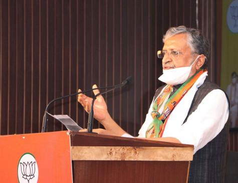 बिहार के क्वोरंटीन सेंटरों से जाने वालों के बीच 17़ 53 लाख कंडोम बांटे गए : सुशील मोदी