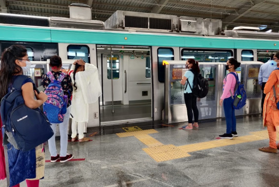 दिल्ली मेट्रो के 20 कर्मचारी कोविड-19 पॉजिटिव : डीएमआरसी