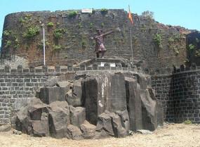 अजब गजब: 800 साल पुराना है भारत का पन्हाला दुर्ग, जिसे 'सांपों का किला' भी कहा जाता है