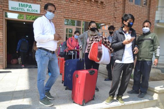 जम्मू-कश्मीर के 9 जिले रेड जोन घोषित
