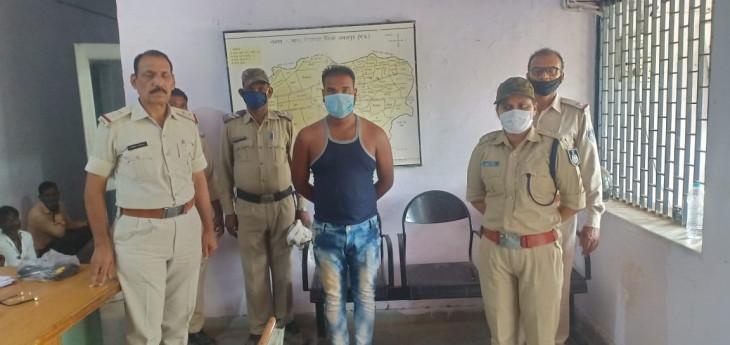 रेत व्यवसाय को लेकर हुई हत्या में शामिल आरोपी गिरफ्तार - है आदतन अपराधी