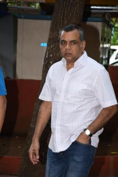 एक्टर एंटरटेनर होते हैं, आर्मी व पुलिस कर्मी हीरो होते हैं : परेश रावल