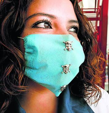 अलर्ट; लगातार मास्क लगाना भी कर सकता है बीमार