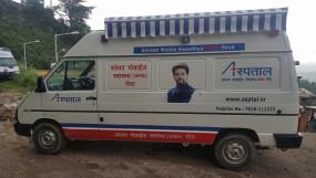 अनुराग ठाकुर के मोबाइल अस्पतालों का कमाल, सीमा पर स्क्रीनिंग तो घर पर इलाज