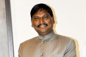 नक्सल बेल्ट में शिक्षा को बढ़ावा देने में जुटा अर्जुन मुंडा का मंत्रालय