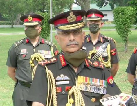 भारत-चीन गतिरोध: सेना प्रमुख बोले- सीमा पर स्थिति नियंत्रण में, विवाद सुलझाने के लिए बातचीत जारी