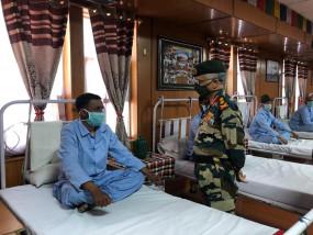 सेना प्रमुख ने लेह का दौरा किया, घायल सैनिकों के साथ की बातचीत