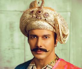 म्यूजिकल प्ले के लिए बिरजू महाराज ने प्रशिक्षित किया दुग्गल को