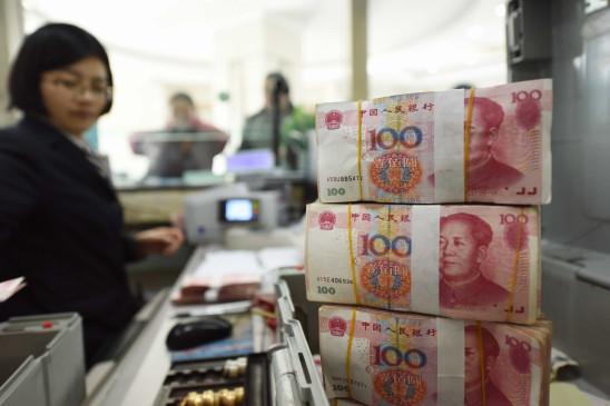 भारत से सीमा पर टकराव के बीच आर्थिक संकट से जूझ रहा चीन