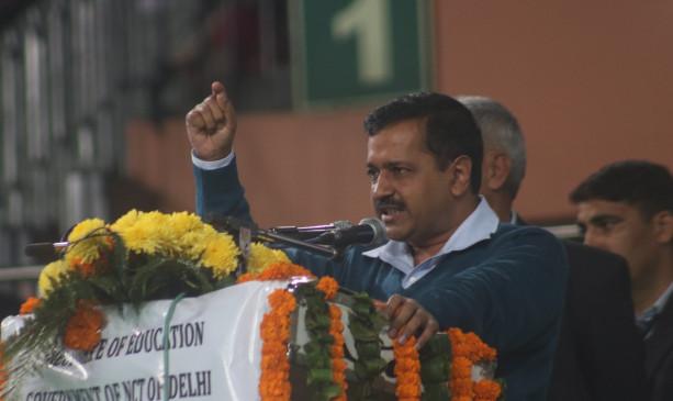 कांग्रेस ने दिल्ली की सीमाएं सील करने के लिए केजरीवाल की आलोचना की