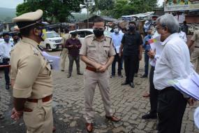 उत्तर मुंबई में सख्ती के बाद कोरोना संक्रमण में आ रही कमी, पुलिस कमिश्नर ने लिया जायजा