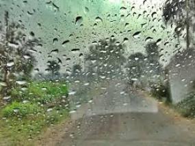 तापमान बढ़ने से कम नहीं हुआ कोरोना का संक्रमण, बरसात में नमी से ज्यादा डर