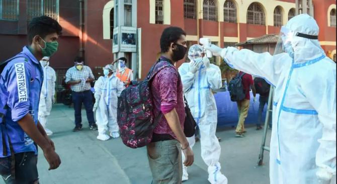 Coronavirus in India: बीते 24 घंटे में 9983 नए केस, 206 की मौत, कुल मामले ढाई लाख के पार