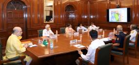 चक्रवात निसर्ग: शाह ने गुजरात, महाराष्ट्र के मुख्यमंत्रियों संग बैठक की
