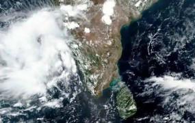 Cyclone Nisarga Update: विकराल हो रहा चक्रवात 'निसर्ग', तेज हवाओं के साथ भारी बारिश की संभावना, कई राज्यों में रेड अलर्ट