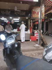 दिल्ली : 2 महीने बाद भी पूरी तरह नहीं खुला चांदनी चौक बाजार