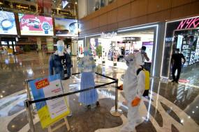दिल्ली : मॉल्स में ग्राहक नदारद, दुकान का किराया भी नहीं भर पा रहे दुकानदार